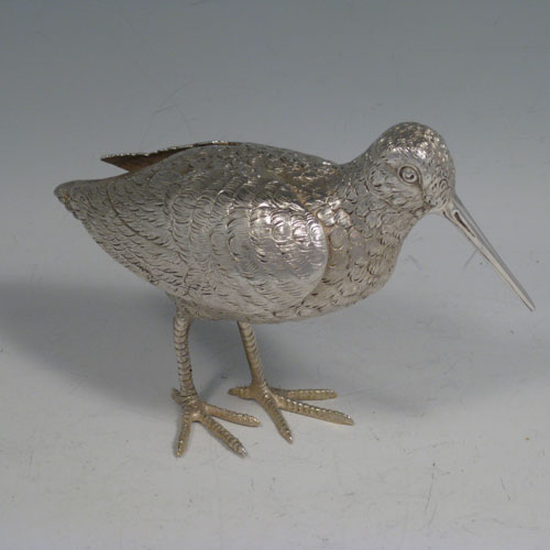 Sterling silver snipe. A solid cast model of a Snipe made in London in 2007. The dimensions of this sterling silver snipe are length 15 cms (6 inches), height 11 cms (4.25 inches). Weight approx. 331g (10.7 troy ounces).