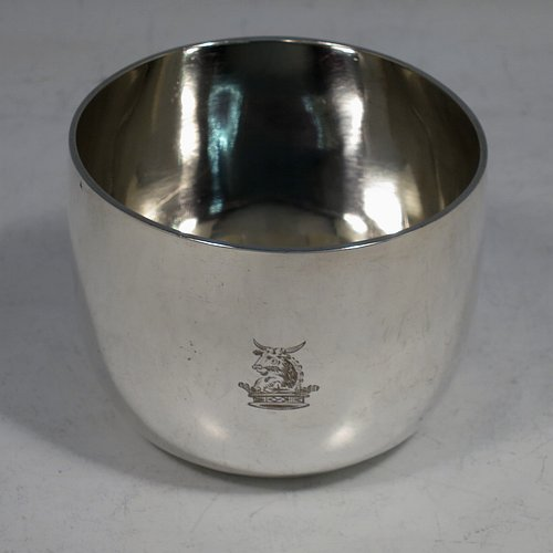 An Antique Victorian Sterling Silver tumbler cup, having a plain round body. Made by Charles Edwards of London in 1878. The dimensions of this fine hand-made antique silver tumbler cup are height 5.5 cms (2.25 inches), diameter 7 cms (2.75 inches), and it weighs approx. 119g (3.8 troy ounces). Please note that this item is crested.