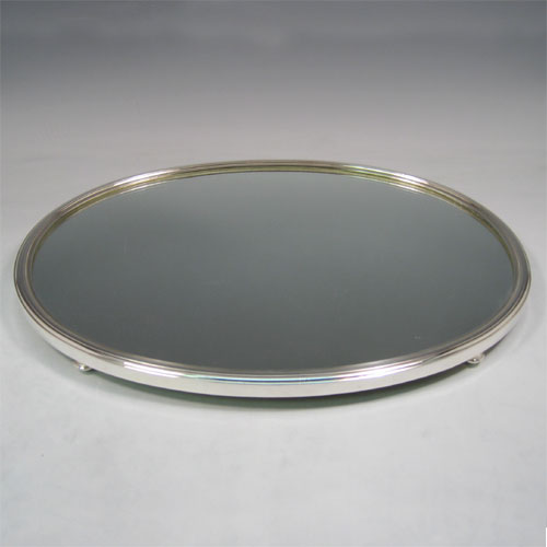 Antique late Victorian silver-plated mirror plateau, made ca. 1900. Length 43 cms.