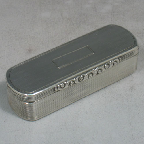 Antique Early Victorian sterling silver and gold-gilt snuff box made by Edward Smith of Birmingham in 1838 (Engraved inside with a contemporaneous inscription). Length 9 cms, width 3 cms.