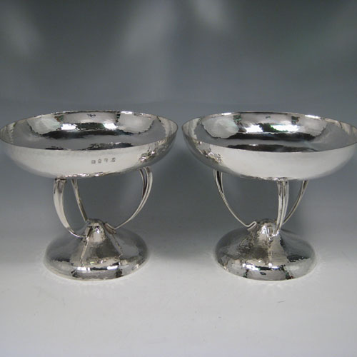 Edwardian sterling silver pair of Art Nouveau hand-hammered tazza style bowls, made in Glasgow in 1909. Height 16 cms (6.5